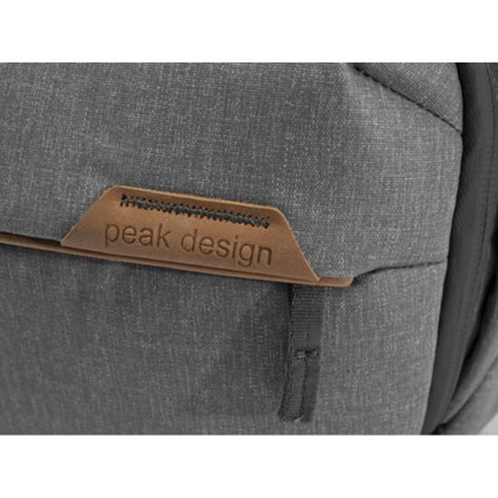 Peak Design Sling 10L Gri Çanta